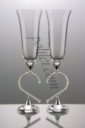 Декоративни чаши с кристали и декоративно столче